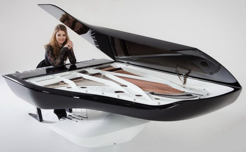 Ella Henderson launches the Pleyel Peugeot Design Lab Piano.