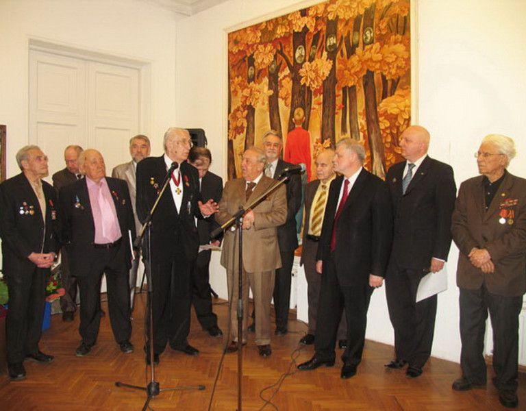 RudZereteli2010vetrn