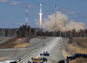 """Первый пуск ракеты-носителя с космодрома """"Восточный"""""""