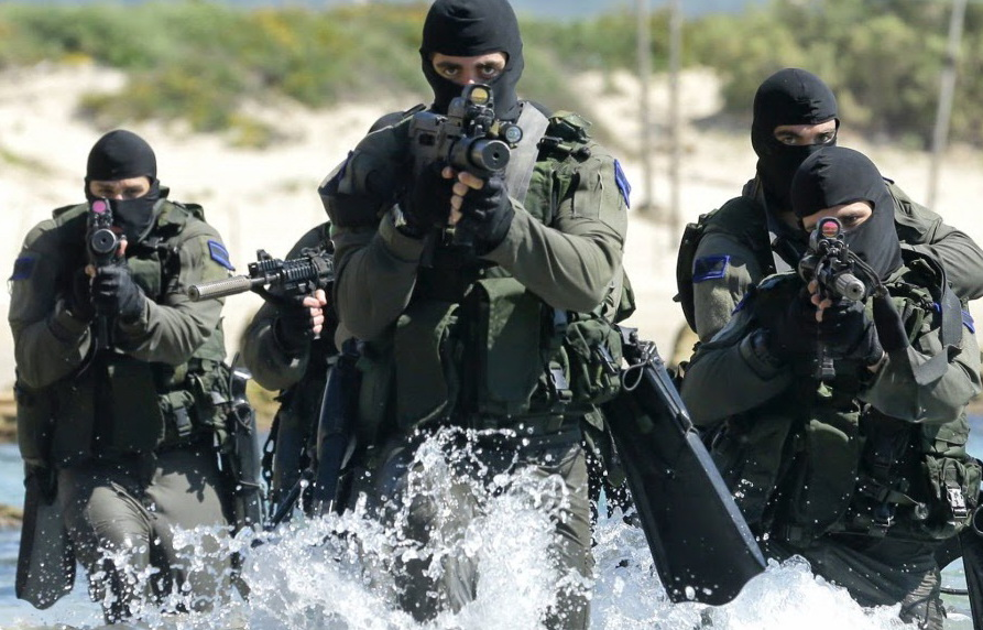 Французский спецназ и взятие мечети