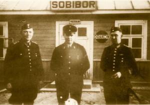 RudPecherskySobiborFash3-S