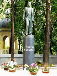 Magomaev1