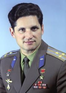 Летчик-космонавт СССР Борис Волынов